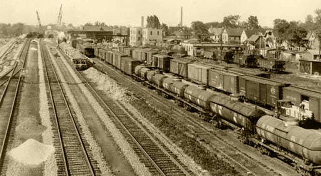 Nickel Plate Road railroad freight yard between Mayfield Rd. and Euclid Ave. - The Cleveland Memory Project