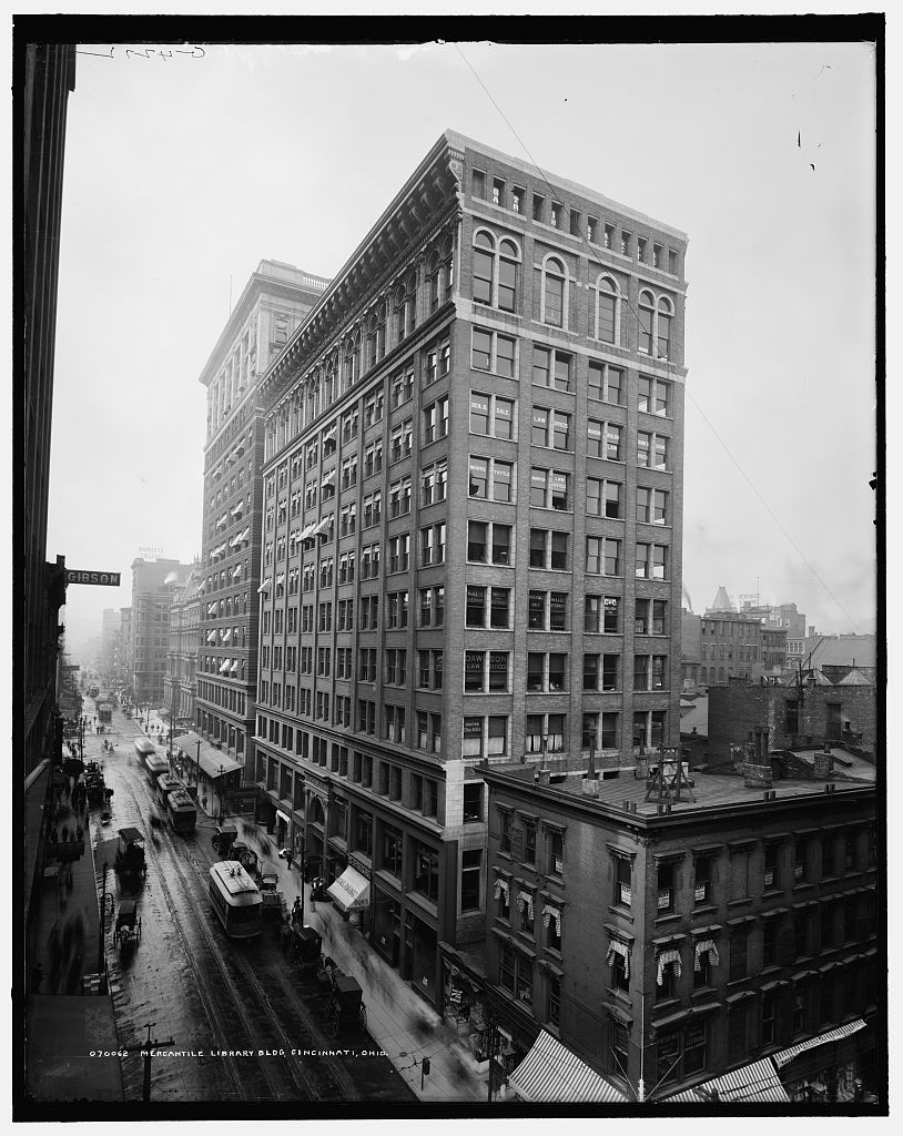 The current home of the Mercantile Library, as seen sometime between 1902 and 1910. The library is on the 11th floor, behind the arched windows. Photo via Library of Congress.