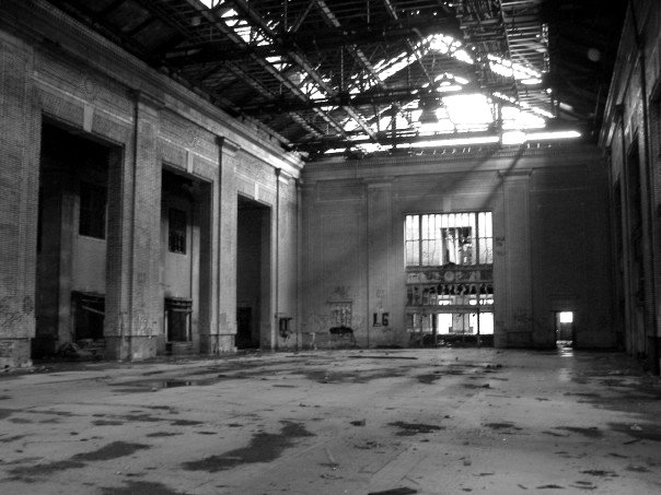 Inside Michigan Central Station in 2007 [Image Credit: Colleen McGinn]
