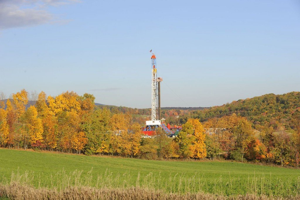"""[credit: MeredithW, via Wikimedia Commons]&#8221; width=&#8221;1024&#8243; height=&#8221;682&#8243; /></a>Shale gas drilling tower [credit: MeredithW, via Wikimedia Commons]</p> </div> <p>About six months after they began operating the well, American Water applied to increase the pressure in its injection well, and Williams was certain that the increase in pressure would cause an earthquake. He suspected that something would go awry because he recalled that it was only after Northstar 1, the injection well in Youngstown, had increased its pressure that the earthquakes happened. He contacted the media and again agitated elected officials to push against the request, which ODNR had already granted. The elected officials """"never bothered to call ODNR,"""" he said. And sure enough, """"Six days later, we had earthquakes.""""&nbsp;</p> <p>When I spoke to Beiersdorfer, the geologist at Youngstown State, he said, """"some of this, it can't be regulated. You know, you can't regulate against earthquakes."""" Fracking deep into shale sitting atop a fault line, as it turns out companies were doing in Poland, is more than likely to bring about a quake. But it seems clear from Williams' anecdote that once a regulatory agency has seen fracking already cause an earthquake, it could do quite a lot more than the ODNR is currently doing to prevent further seismicity from happening.</p> <p>In a paper for the<em>Columbia Journal of Environmental Law</em>, Emery Gullickson Richards writes that recent reforms to Ohio law, requiring that well operators """"submit a review of existing geologic data for known faulted areas so that wells will not be located in them and a plan for monitoring seismic activity,"""" among other things, """"make Ohio's regulation of induced seismicity risk the most robust of any state."""" If Ohio isn't doing enough, then, it seems other states are doing far less —at least when it comes to earthquakes.</p> <p>&nbsp;</p> <p>Even if Ohio, in a very hypothetical example, were to ban fracking, """