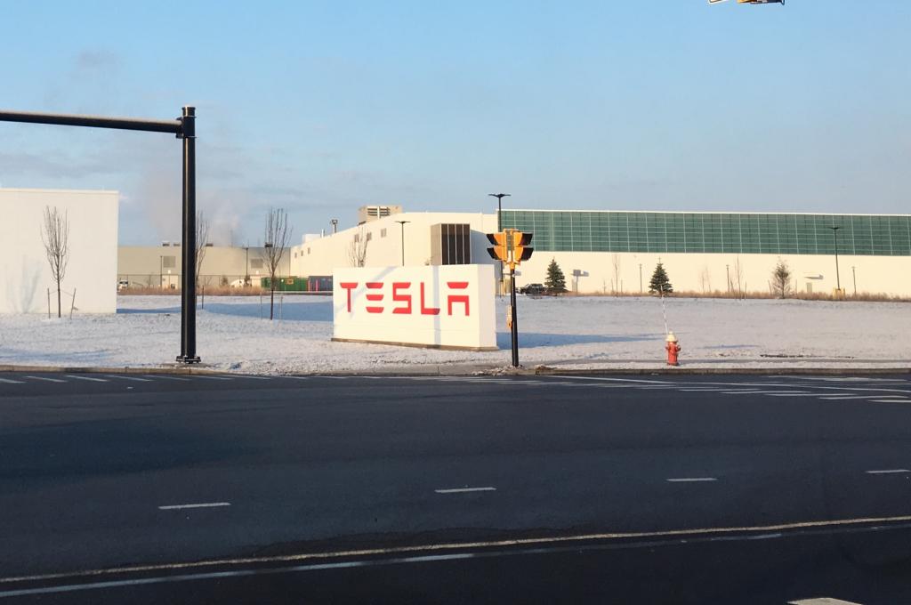 Tesla Gigafactory 2 Entrance