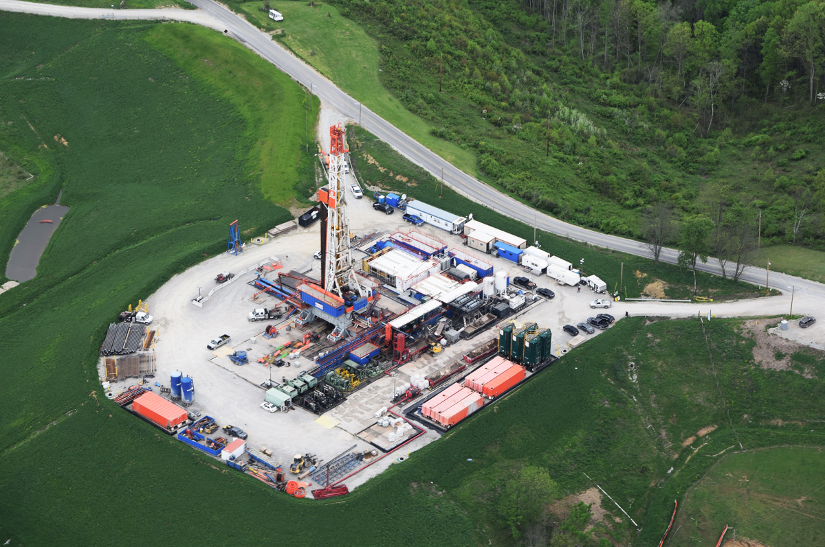 Hydraulic fracturing drill rig in Belmont County, OH.