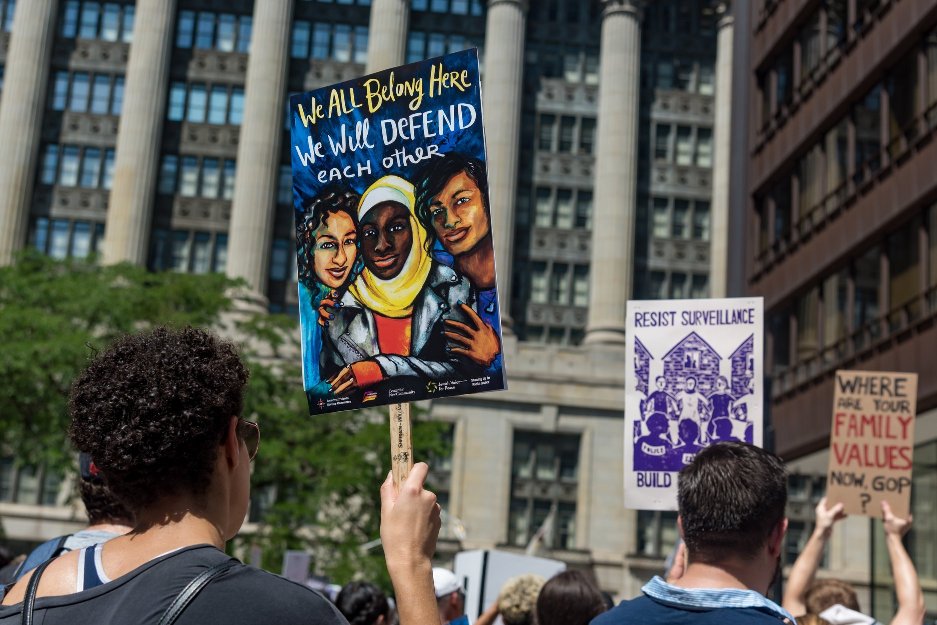 Protesting ICE Immigration Raids in Chicago - Belt Magazine