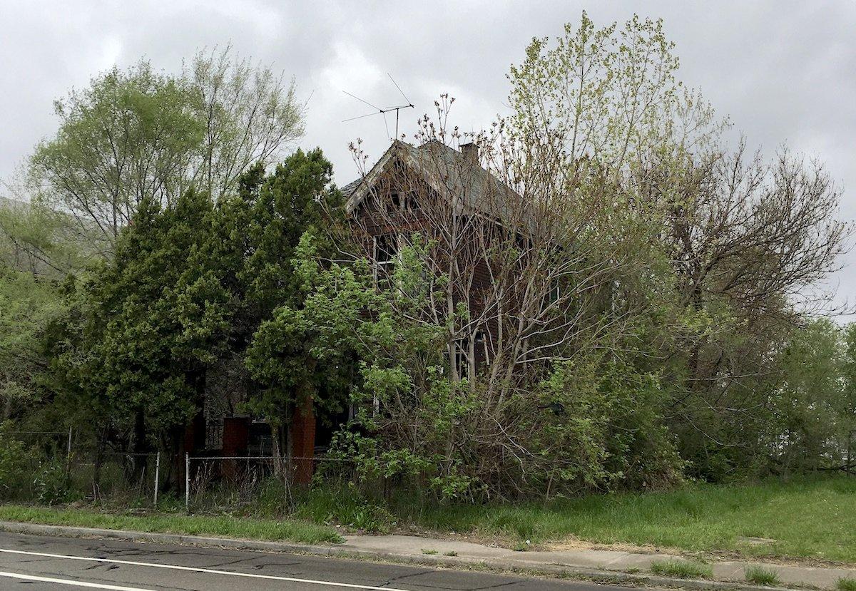 Warren Ave E - Detroit